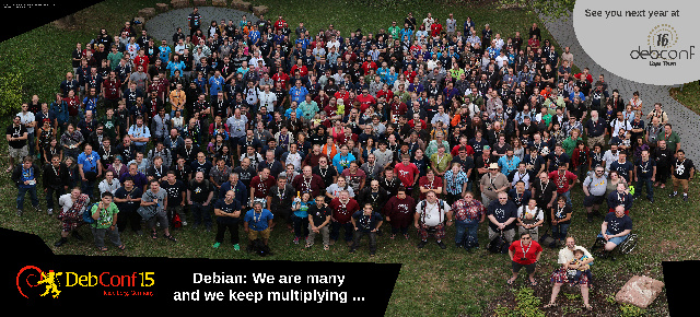 DebConf15 group photo (by Aigars Mahinovs)